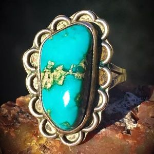 SOLD  Navajo Sterling turquoise ring size 7 💕